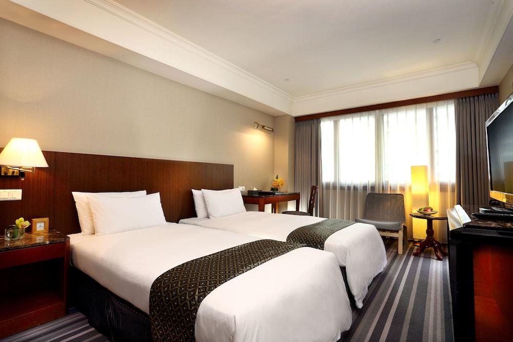 全國大飯店,HOTEL NATIONAL